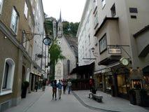 Het straatleven in Salzburg, Oostenrijk Stock Afbeelding