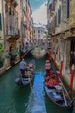 Het straatleven in Venetië stock afbeeldingen