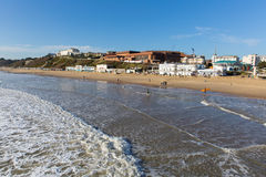 Het strand Dorset Engeland het UK van Bournemouth dichtbij aan Poole Stock Afbeeldingen