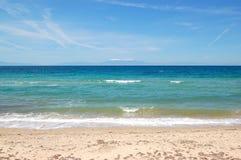 Het strand en de berg Olympus op achtergrond Royalty-vrije Stock Fotografie