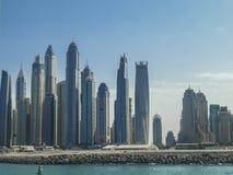 Het strand en de gebouwen van Doubai Royalty-vrije Stock Foto's