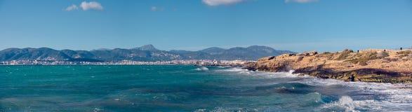 Het strand en het overzees van Palma de Mallorca royalty-vrije stock foto