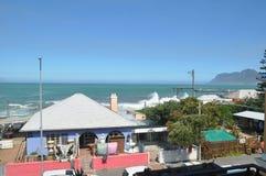 Het strand Kaapstad van de Kalkbaai stock afbeeldingen