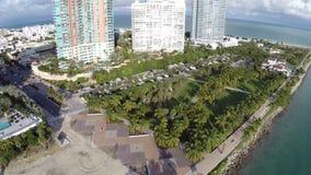 Het Strand luchtlengte van Miami stock video