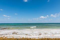 Het strand in Mahahual, Mexico Stock Foto's