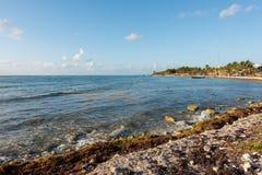 Het strand in Mahahual, Mexico Royalty-vrije Stock Afbeeldingen