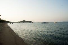 Het strand na de zonsondergang Royalty-vrije Stock Fotografie