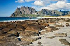 Het strand op lofoten Stock Afbeeldingen