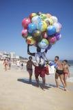 Het Strand Rio de Janeiro Brazil van Ipanema van de balverkoper Royalty-vrije Stock Fotografie