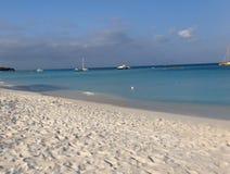 Het strand van Aruba Stock Foto's