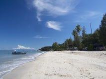 Het strand van Batuferringhi, Penang, Maleisië royalty-vrije stock foto's