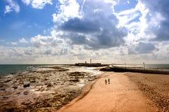 Het strand van Cadiz bij lowtide royalty-vrije stock afbeelding
