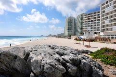 Het strand van Cancun Stock Afbeeldingen
