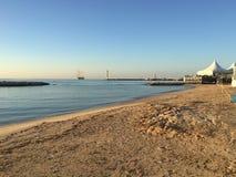 Het Strand van Cannes bij zonsopganglandschap stock foto