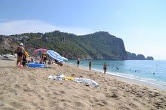 Het strand van Cleopatra in Alanya, zonnige dag in Turkije royalty-vrije stock fotografie