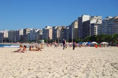 Het strand van Copacabana Stock Afbeeldingen