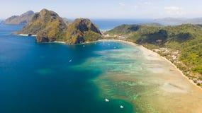Het Strand van Corongcorong, Gr Nido, Palawan, Filippijnen, mening van hierboven stock foto's