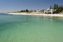 Het Strand van Cottesloe, Perth, Westelijk Australië royalty-vrije stock afbeelding