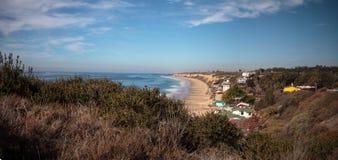 Het strand van de lijncrystal cove state park van strandplattelandshuisjes stock foto's