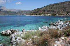 Het strand van de Peloponnesus Stock Afbeelding