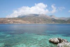 Het strand van de Peloponnesus stock fotografie