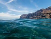 Het strand van de Reuzen, in Tenerife, Canarische Eilanden, Spanje royalty-vrije stock foto