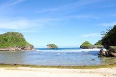 Het Strand van Goachina in Malang, Oost-Java, Indonesië - de achtergrond van de aardvakantie Royalty-vrije Stock Fotografie