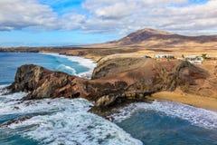 Het Strand van Gr Papagayo Playa in Lanzarote. Royalty-vrije Stock Afbeeldingen