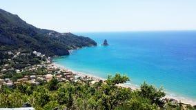 Het Strand van heilige Gordios (Agios Gordios), het Eiland van Korfu, Griekenland Stock Fotografie