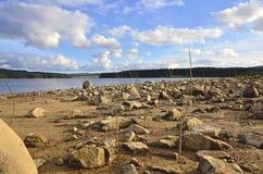 Het strand van het Kielderreservoir Stock Fotografie