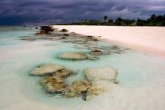 Het strand van het paradijs, Fakarava, Franse Polynesia Royalty-vrije Stock Afbeelding
