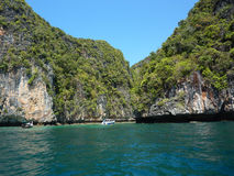 Het strand van Hiden in Thailand stock afbeelding