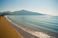 Het strand van Istuzu in Turkije royalty-vrije stock afbeeldingen