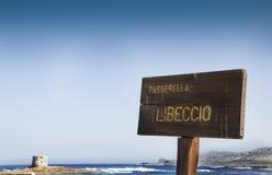 Het strand van La Pelosa op een bewolkte dag Sardinige Royalty-vrije Stock Foto
