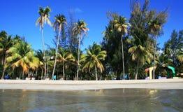 Het Strand van Luquillo Stock Afbeeldingen