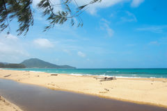 Het strand van MAI Khao Royalty-vrije Stock Foto's