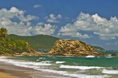 Het strand van Maunabo Stock Foto's