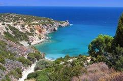 Het strand van Mirabello bij het eiland van Kreta, Griekenland Royalty-vrije Stock Foto's