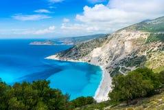 Het strand van Myrtos Stock Afbeeldingen