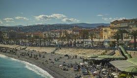 Het strand van Nice Stock Afbeeldingen