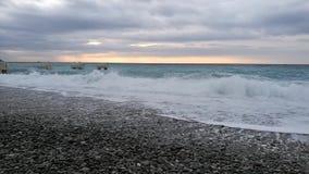 Het strand van Nice in de winter stock footage