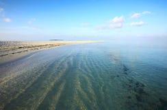 Het strand van Nice op de Indische Oceaan stock foto's