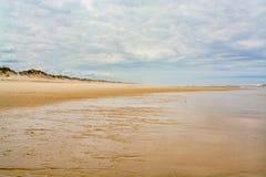 Het strand van Ossoda Baleia in Pombal, Portugal Stock Afbeeldingen