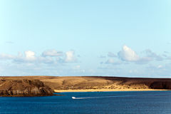 Het Strand van Papagayo van Playa, Playa Blanca, Lanzarote, Spanje Royalty-vrije Stock Afbeelding