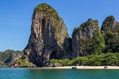 Het strand van Phranang in Krabi stock afbeelding