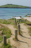 Het strand van Praiada Ilha do Pessegueiro dichtbij Porto Covo, Portugal Stock Foto