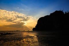 Het Strand van Railay van het oosten in de ochtend Royalty-vrije Stock Afbeelding