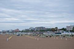 Het strand van rimini op een regenachtige dag Royalty-vrije Stock Afbeelding