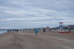 Het strand van rimini op een regenachtige dag Royalty-vrije Stock Afbeeldingen