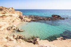 Het strand van S Calo des Mort, Formentera, Spanje Royalty-vrije Stock Foto's